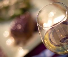 Αλκοόλ και δίαιτα: μπορούν να συνυπάρξουν;